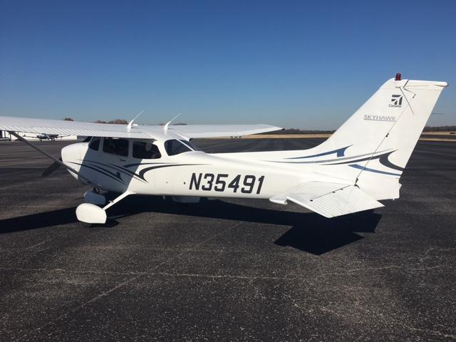 N35491 – 2001 Cessna C-172R | Wings of Eagles Flight School Fleet