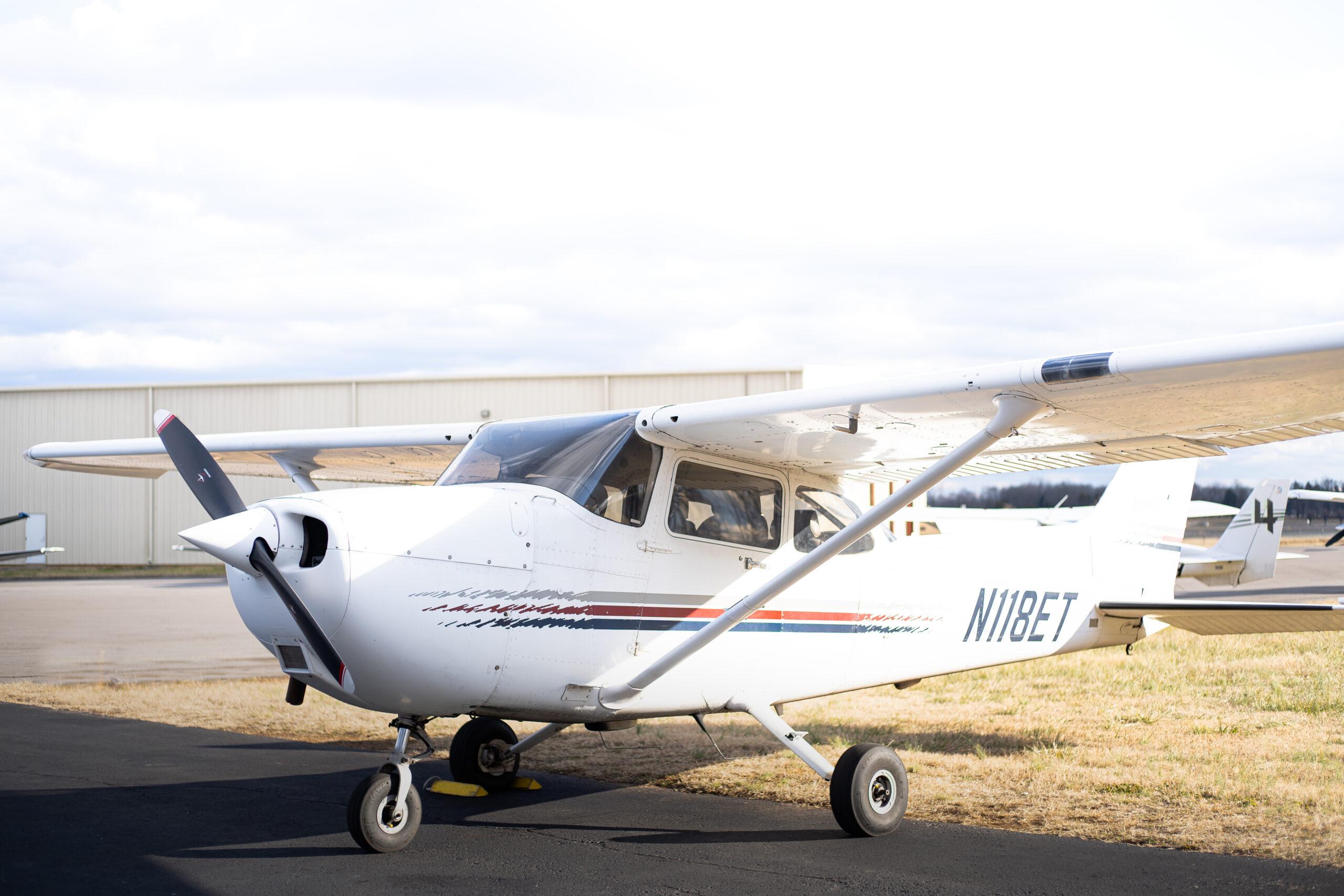 N118ET – 1997 Cessna 172R